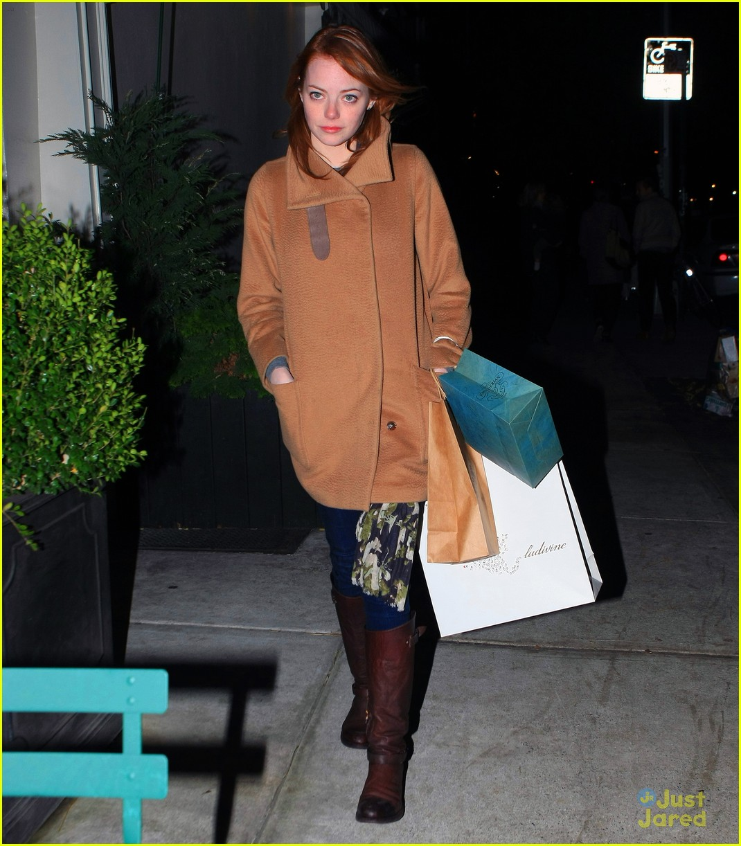emma stone nyc shop 02