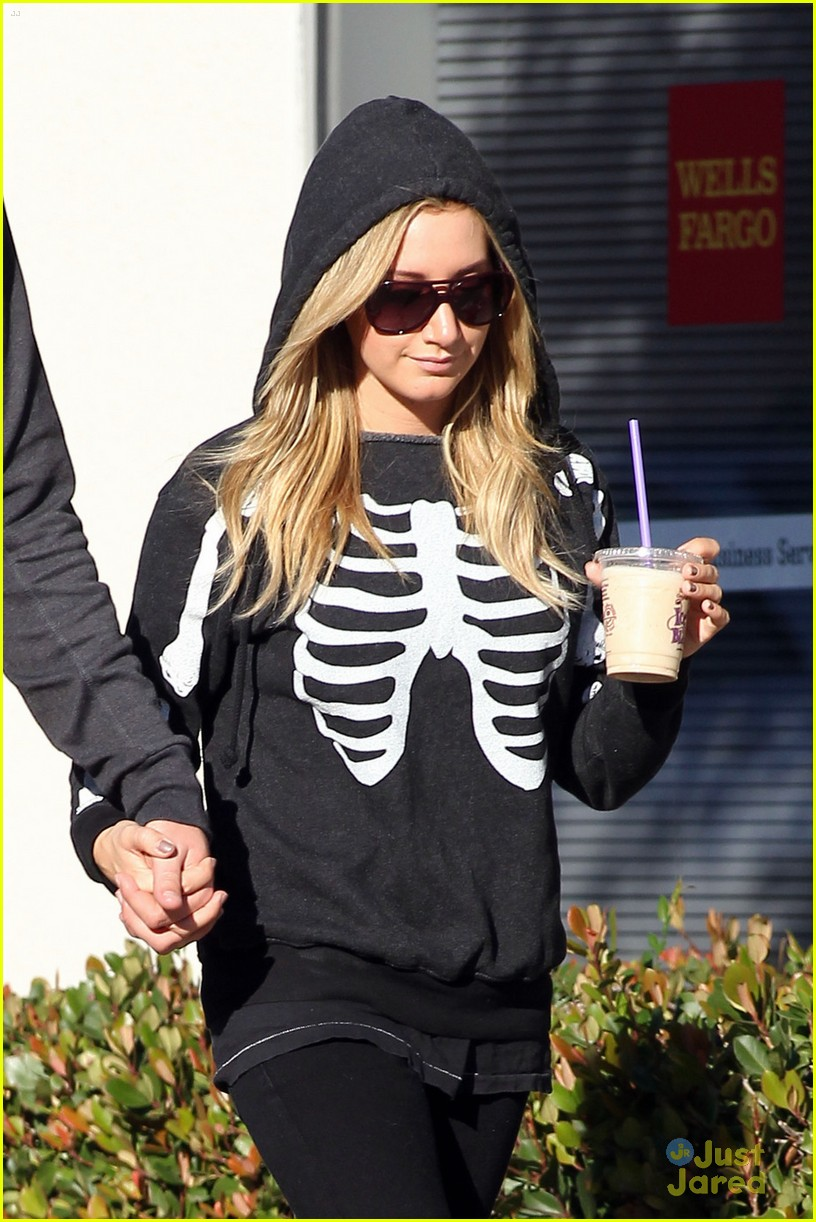 ashley tisdale scott speer coffee 02