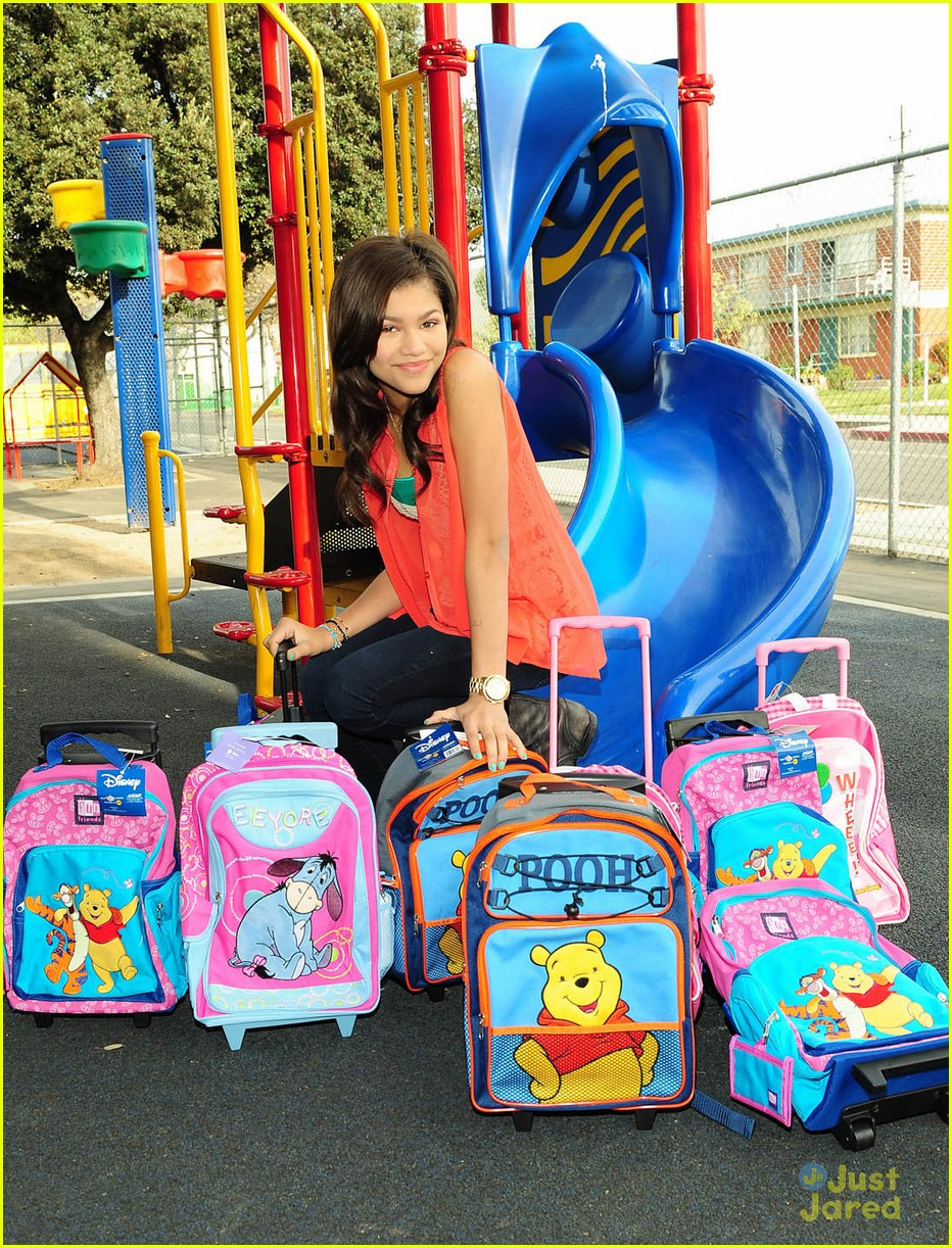 zendaya backpack delivery 14
