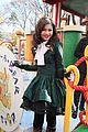 Zendaya-parade zendaya macys thanksgiving parade 01