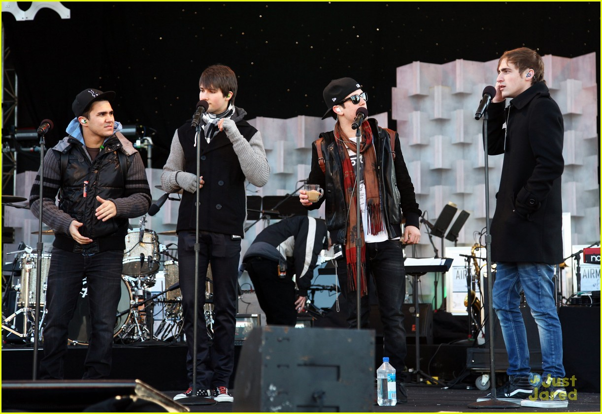 big time rush national tree lighting 03