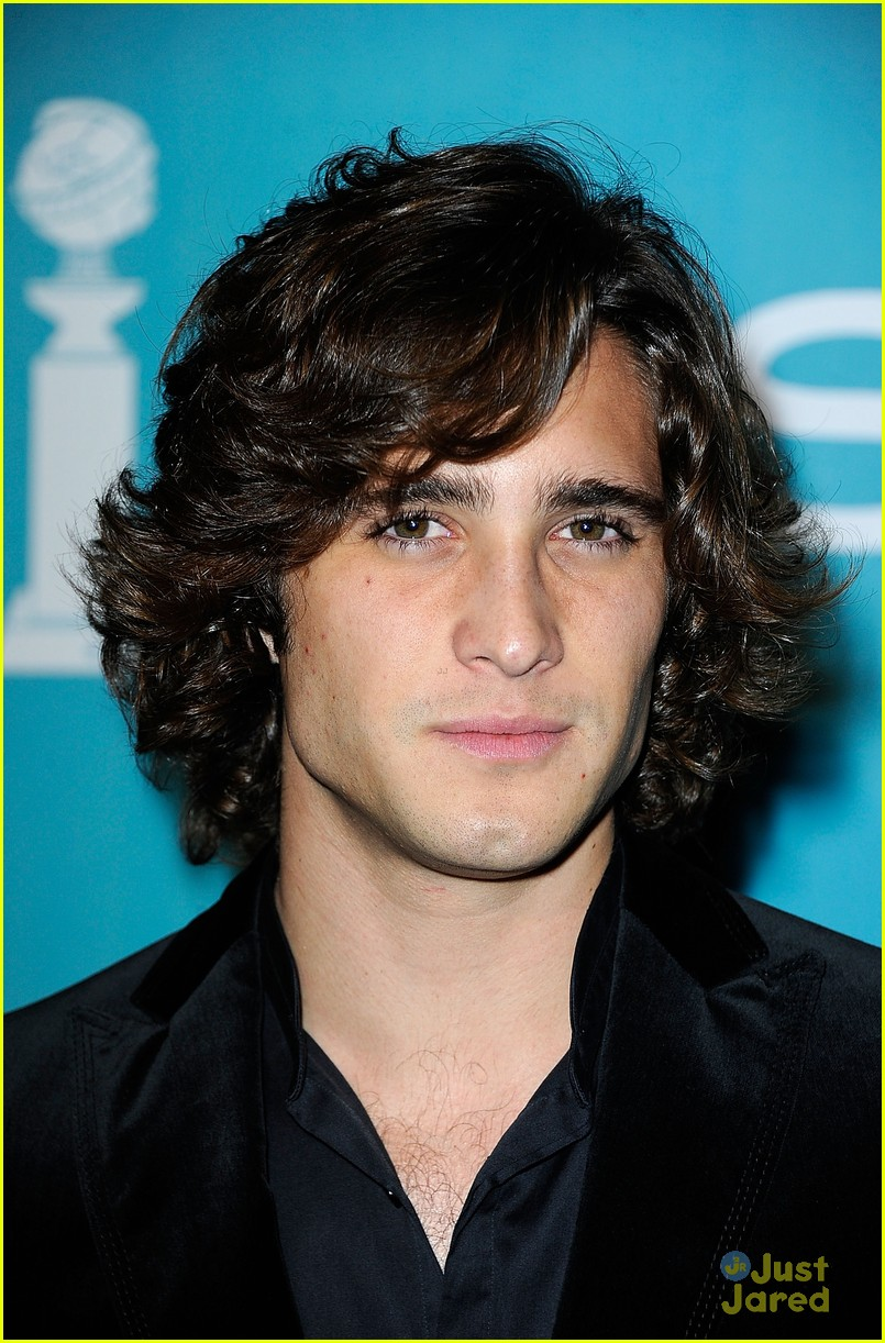 erica dasher diego boneta night firsts 05