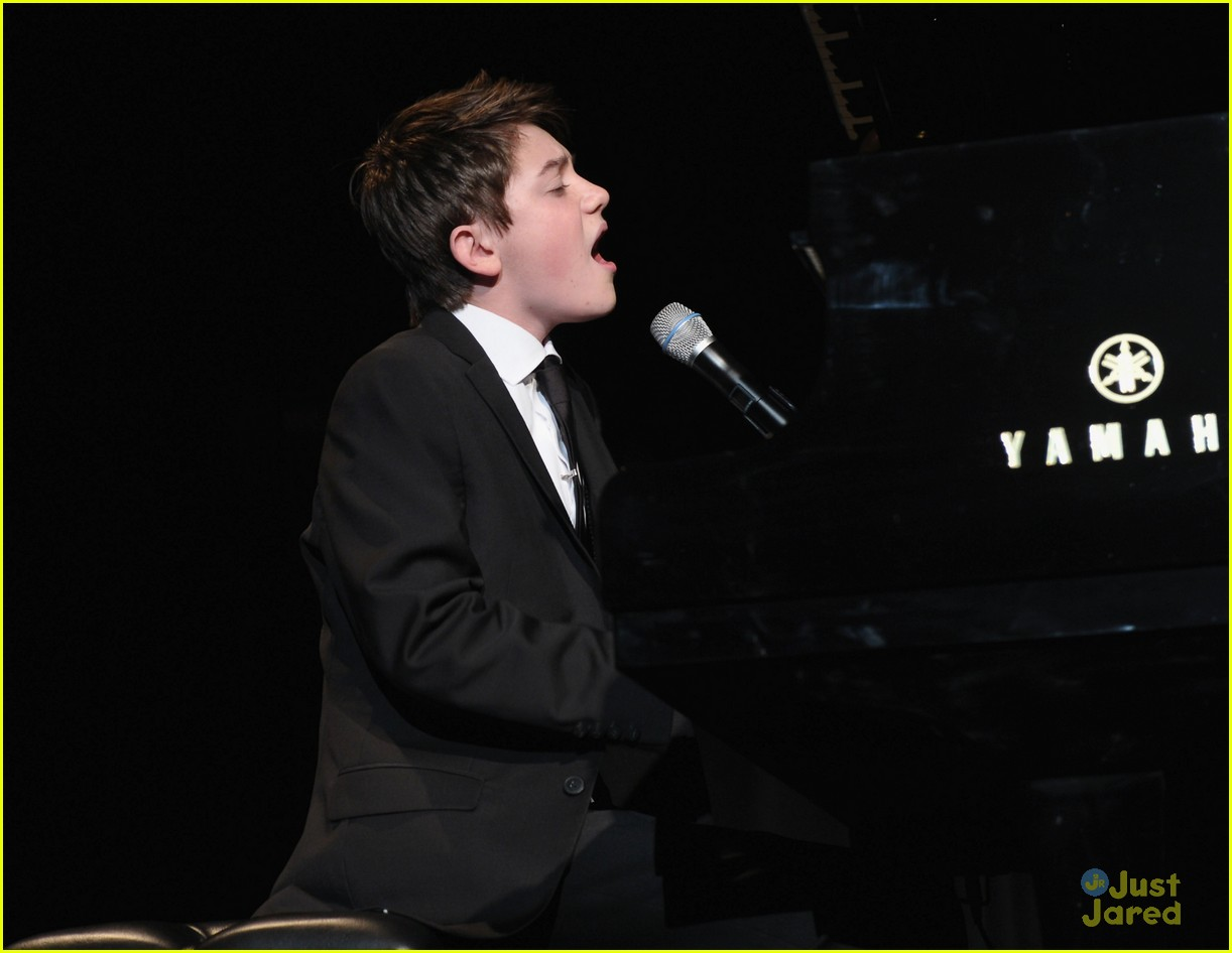 greyson chance bill rights dinner 15