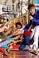 Justin-parade justin bieber disney parks 09