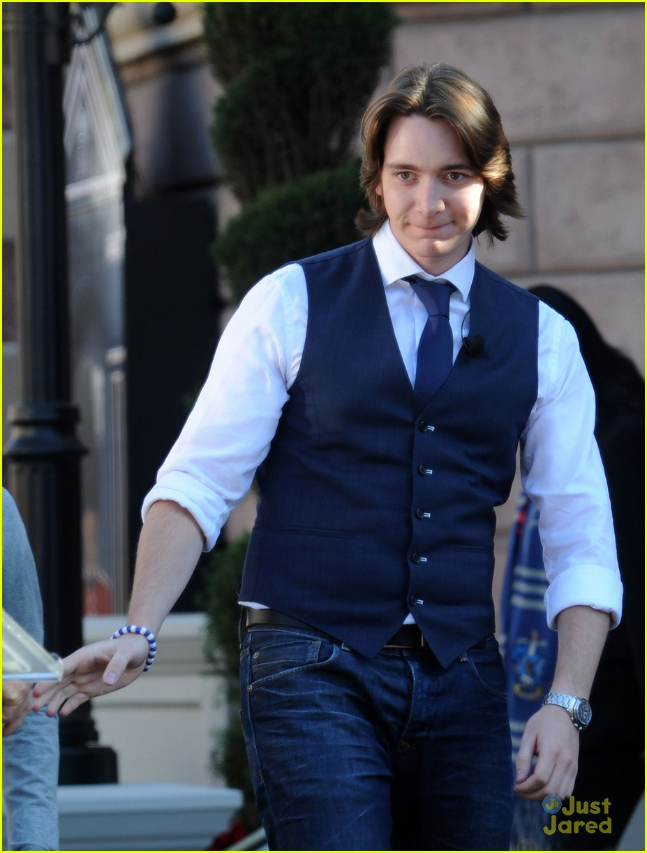 james oliver phelps hogwards hollywood 07