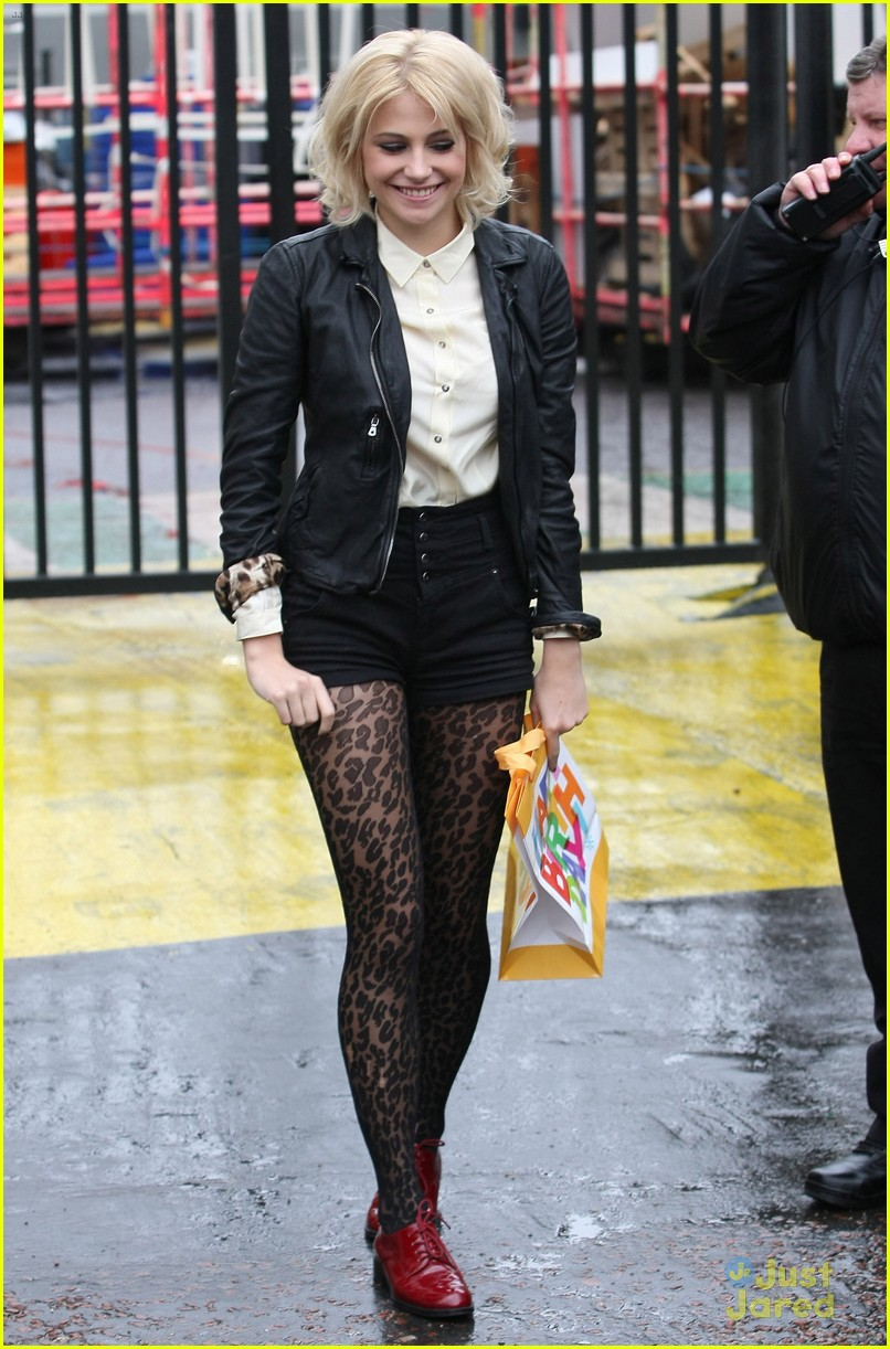 pixie lott itv morning 08