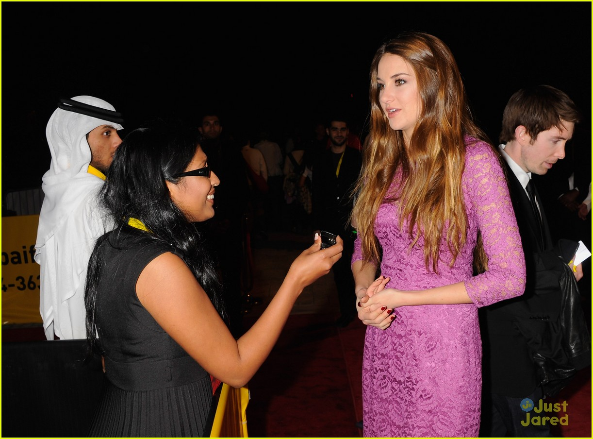 shailene woodley dubai festival 04