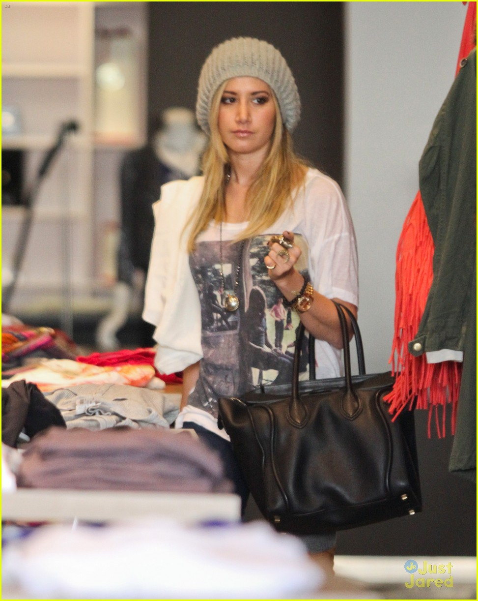 ashley tisdale lace boots shopping 08