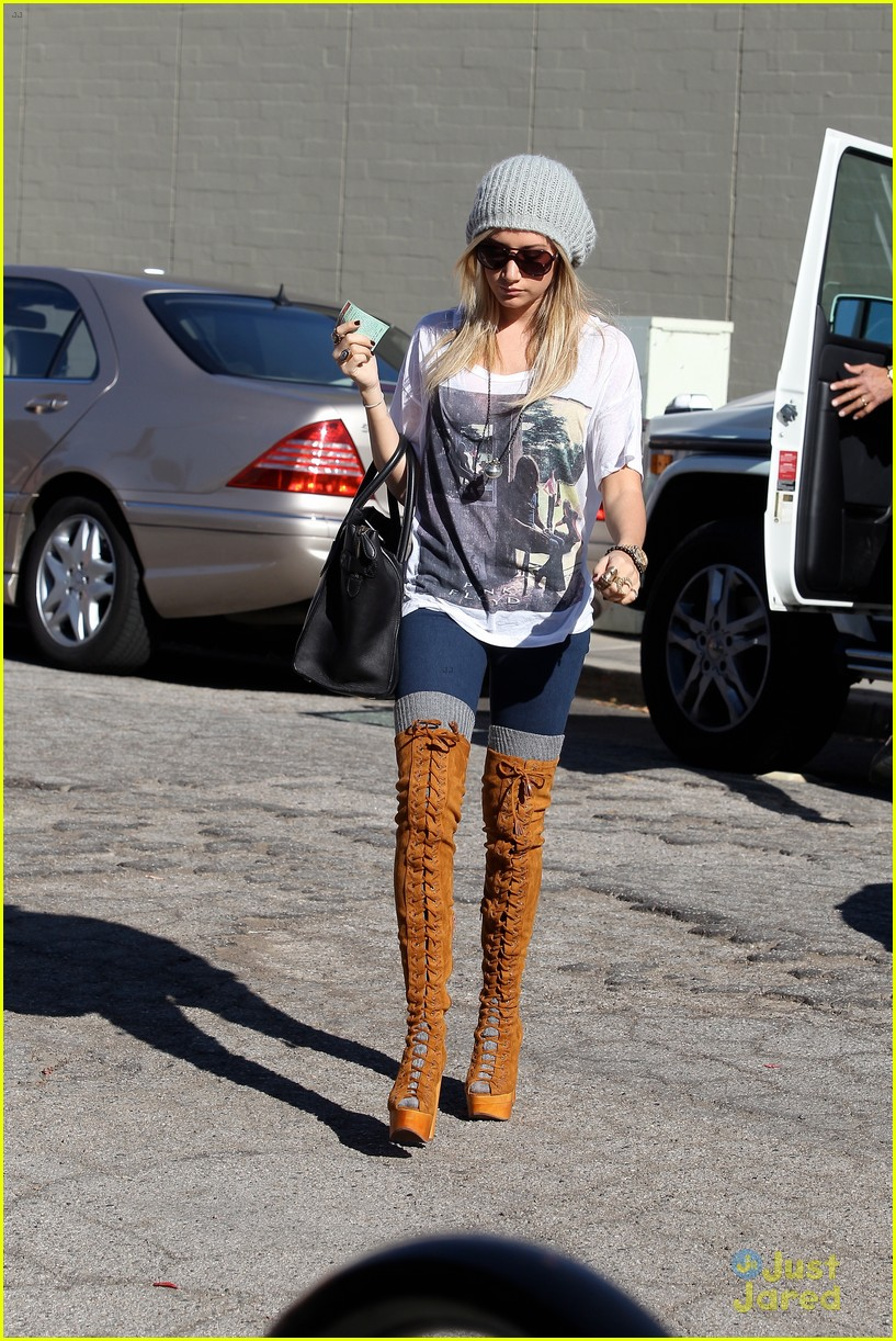 ashley tisdale lace boots shopping 16