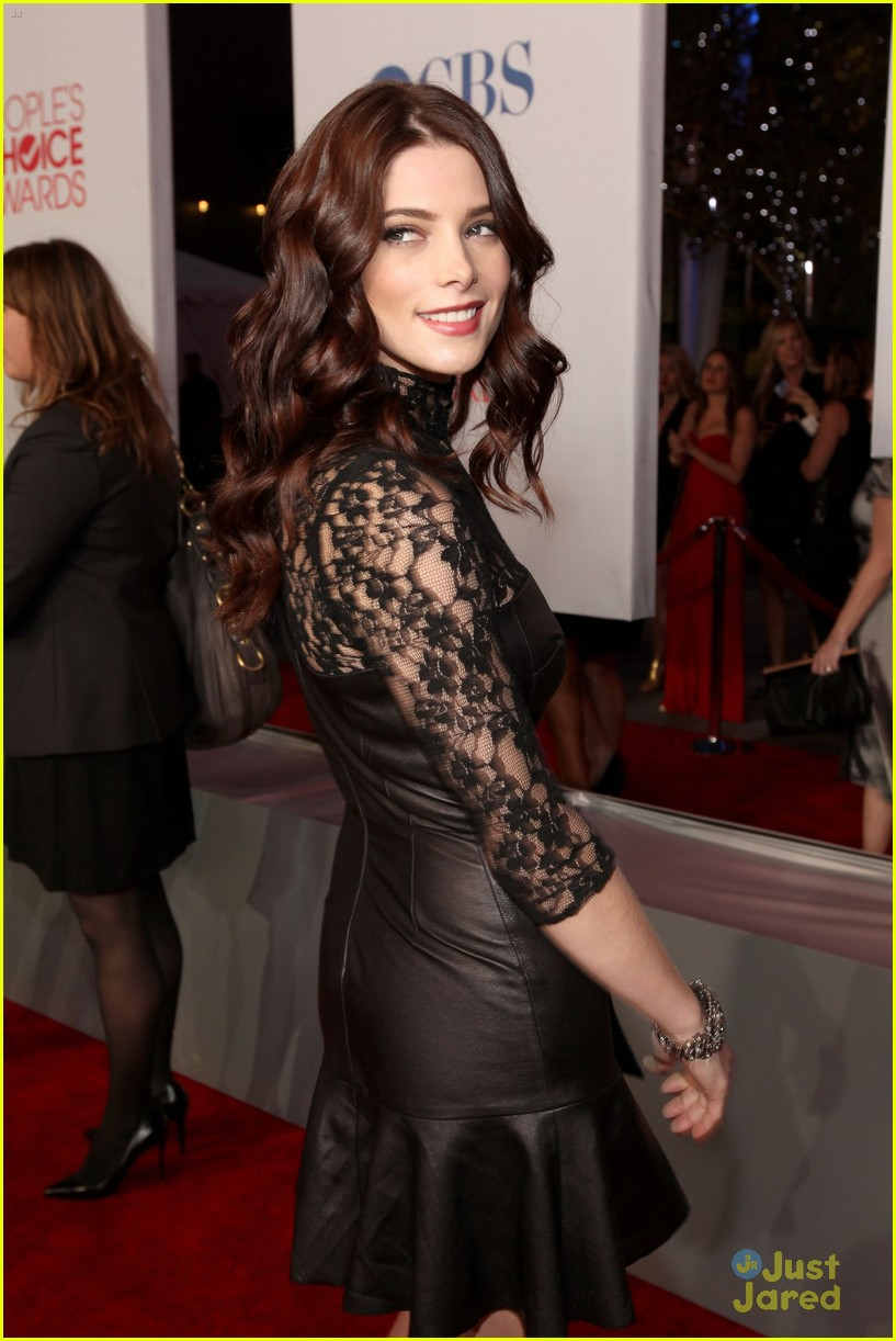 ashley greene 2012 pcas 03