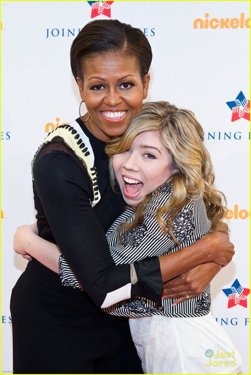 icarly cast dance michelle obama 22