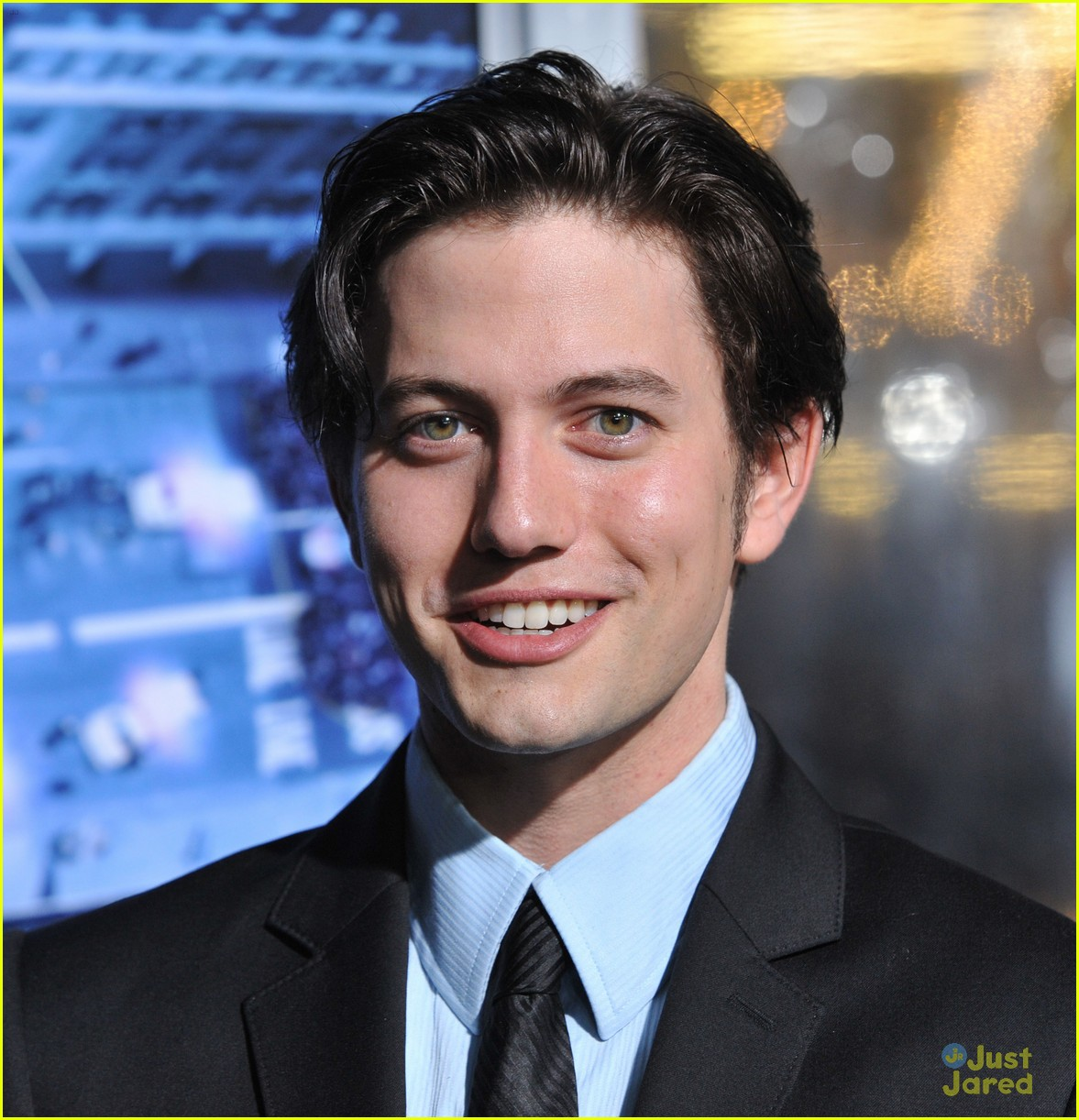 jackson rathbone man ledge 07