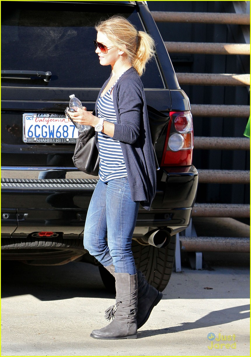 julianne hough ages hollywood 04