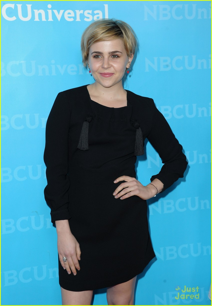 mae whitman nbc tca party 03