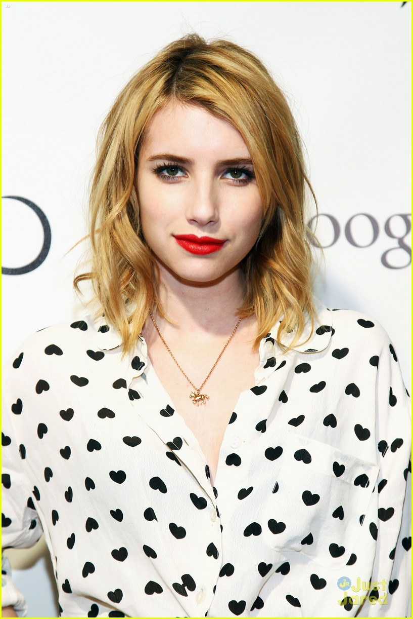 emma roberts adult world 02