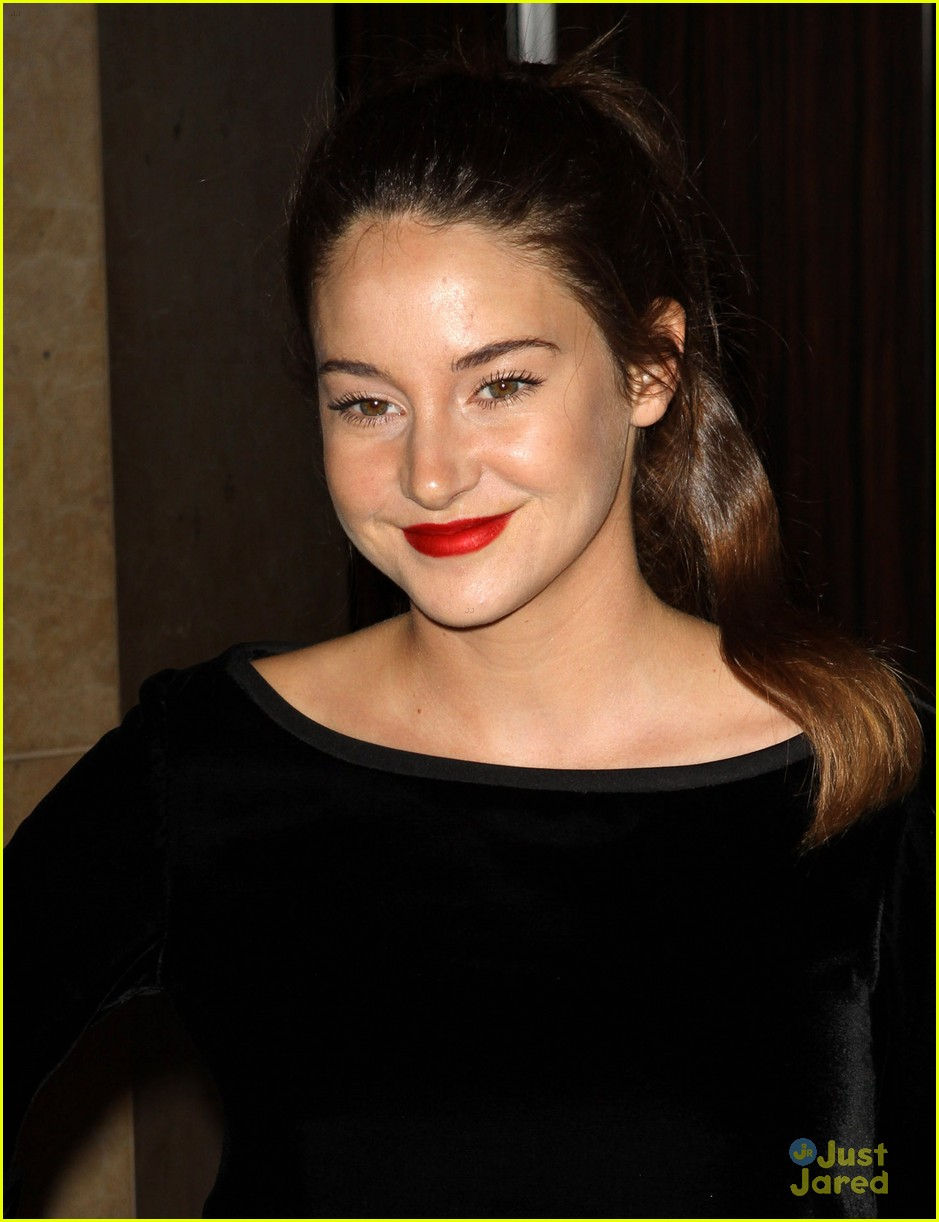 shailene woodley producers guild 04