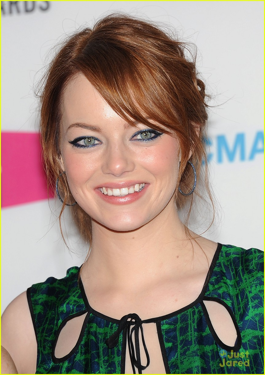 emma stone critics choice 06