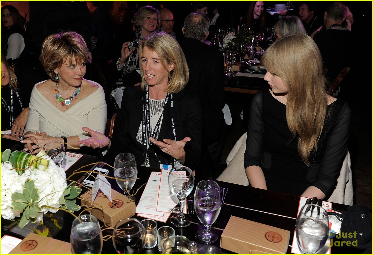 taylor swift sundance dinner 02