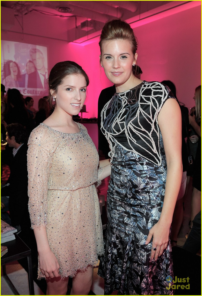 anna kendrick vanities party 02
