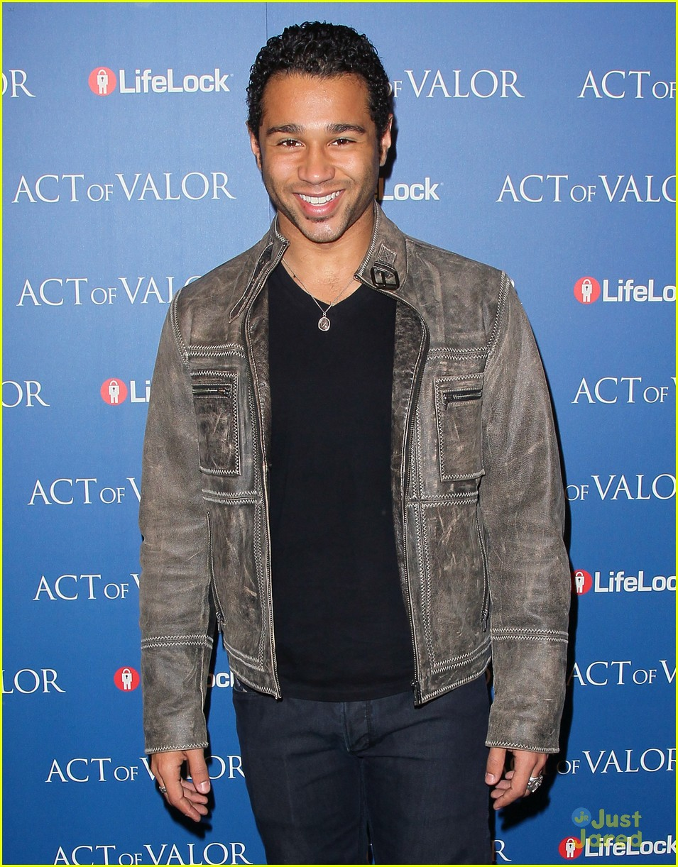 corbin bleu act valor 05