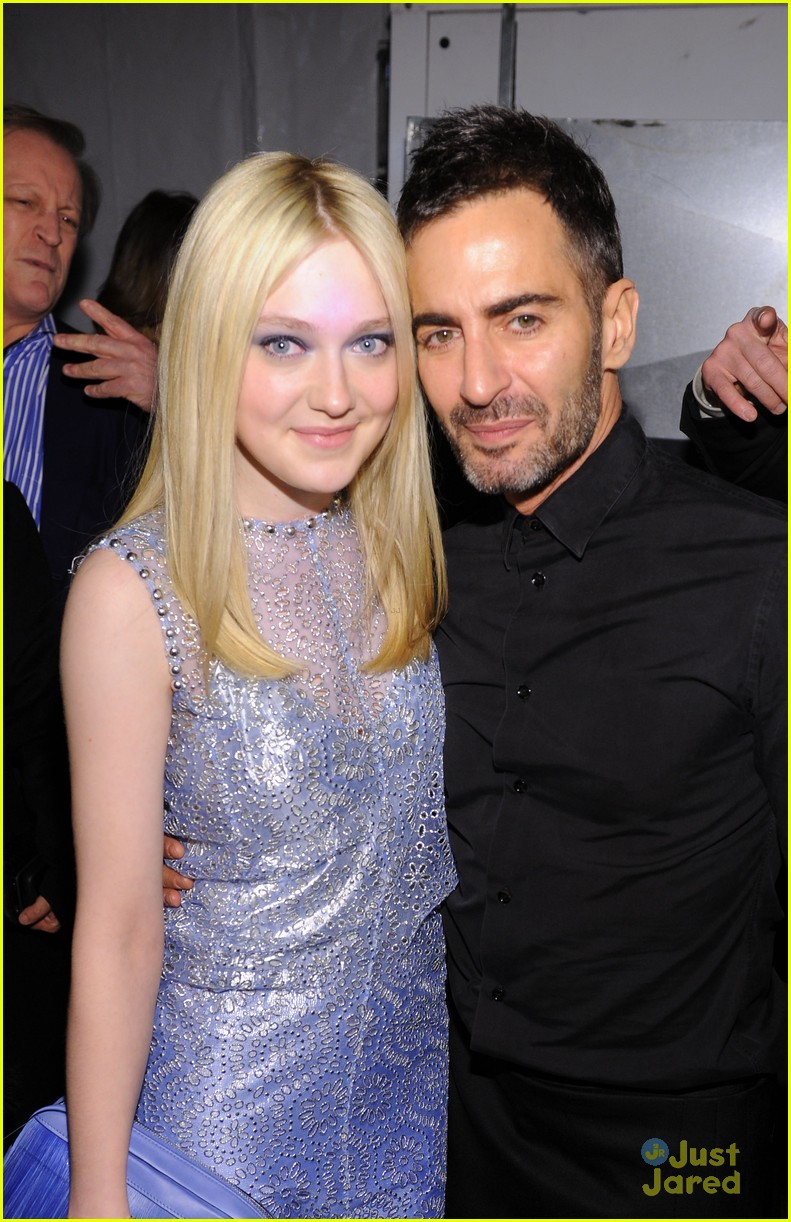 dakota fanning marc jacobs show 05