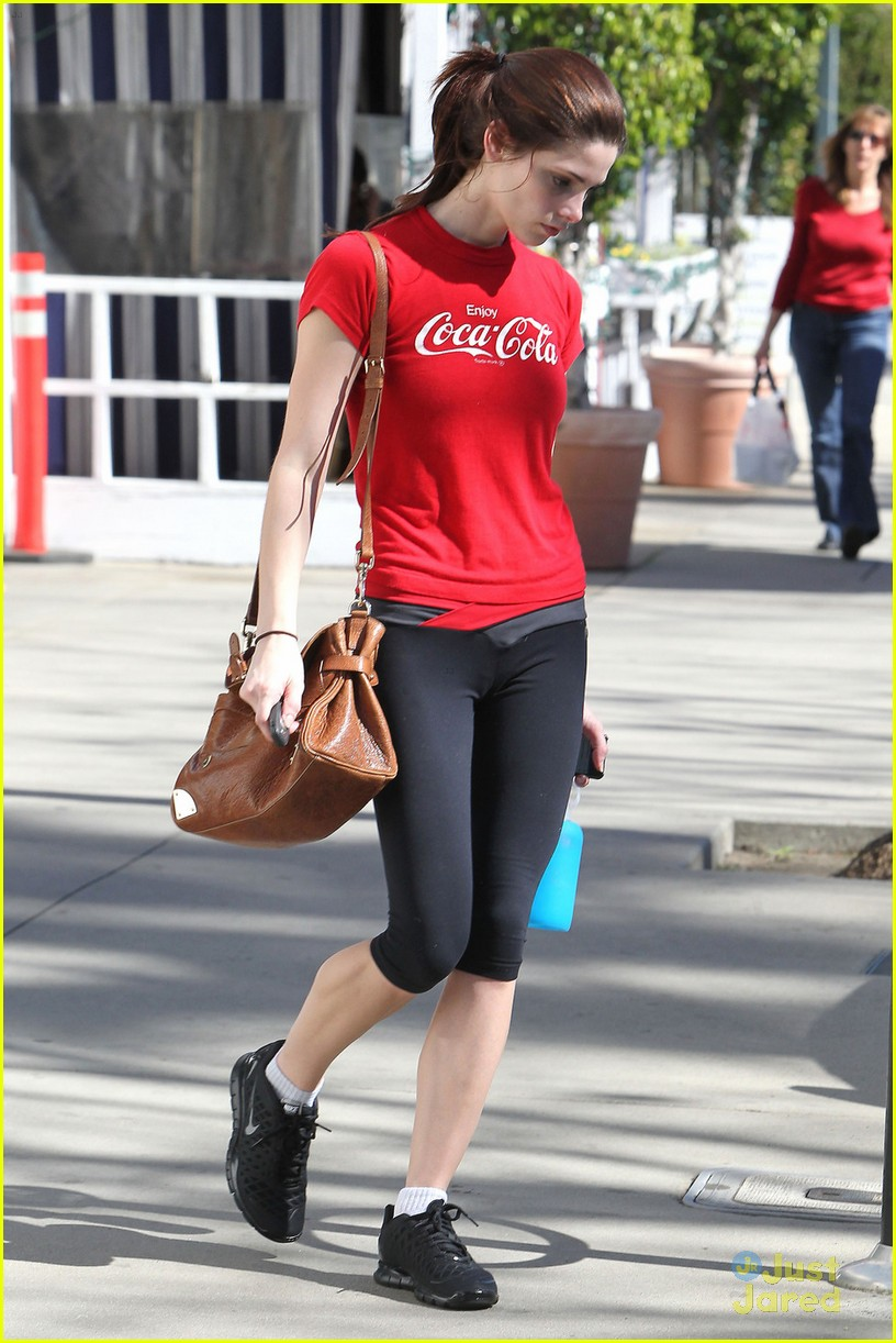 ashley greene coca cola 01