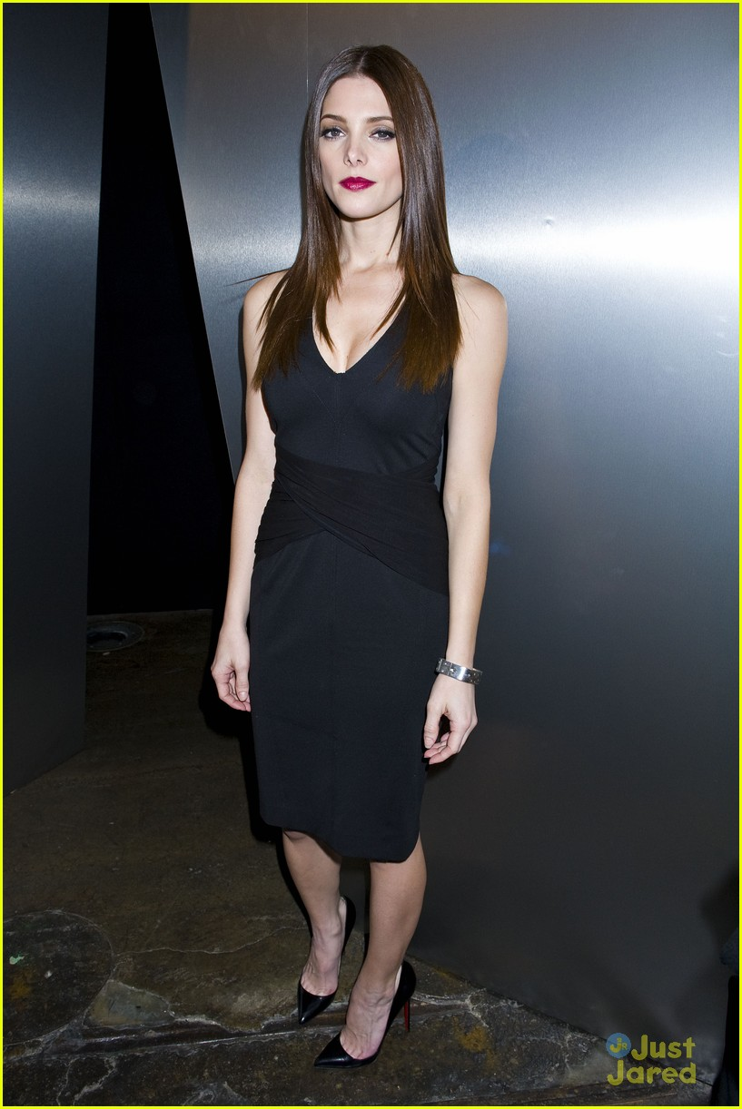 ashley greene dkny nyfw 15