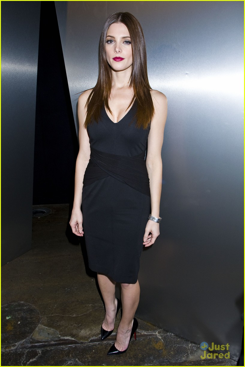 ashley greene dkny nyfw 19
