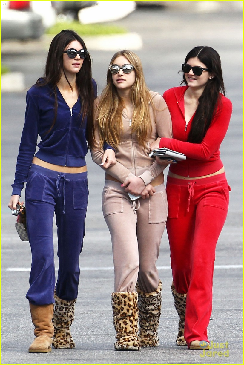 kendall kylie jenner tracksuits 06