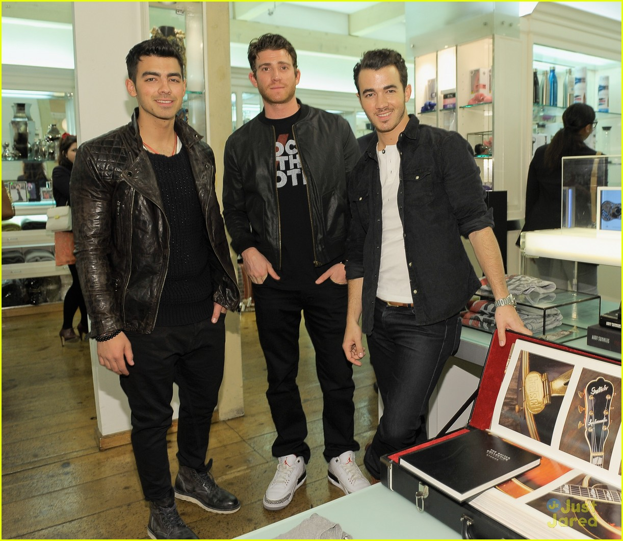 joe kevin jonas rock vote 03