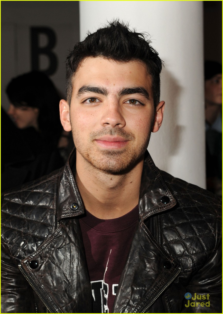 joe kevin jonas porsche design 02
