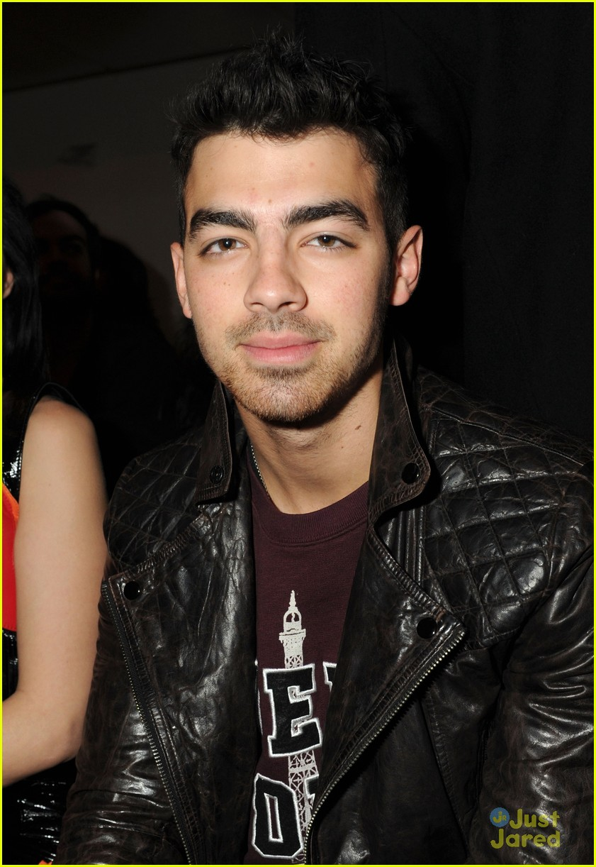 joe kevin jonas porsche design 04