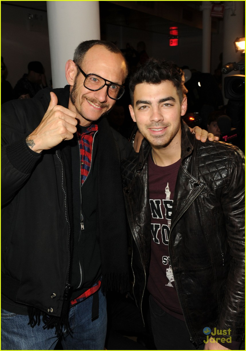 joe kevin jonas porsche design 08