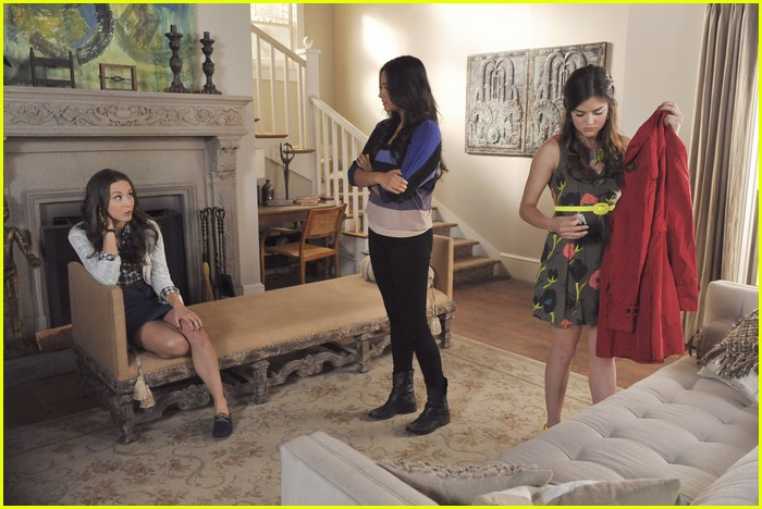 pretty little liars naked truth 06