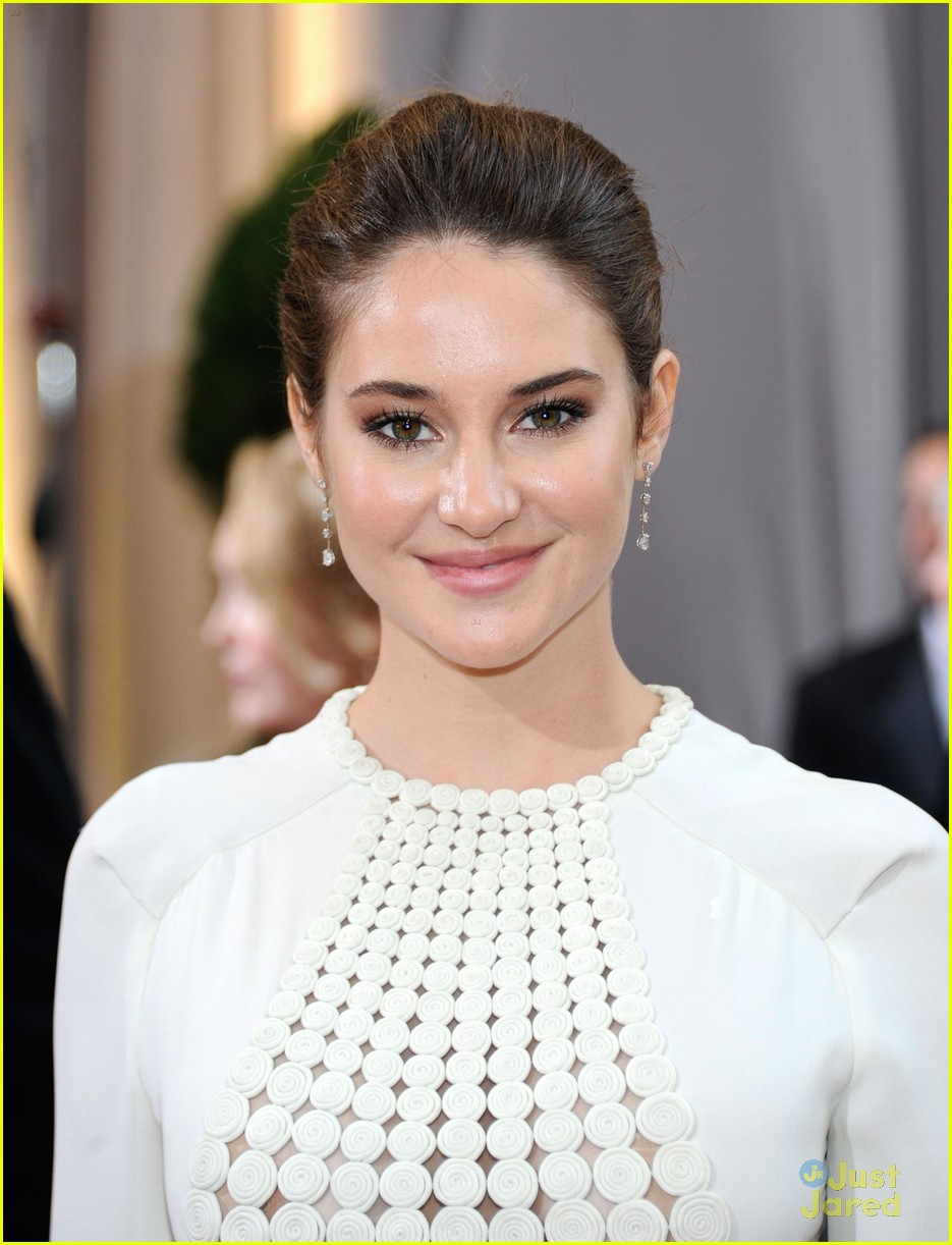 shailene woodley 2012 oscars 02