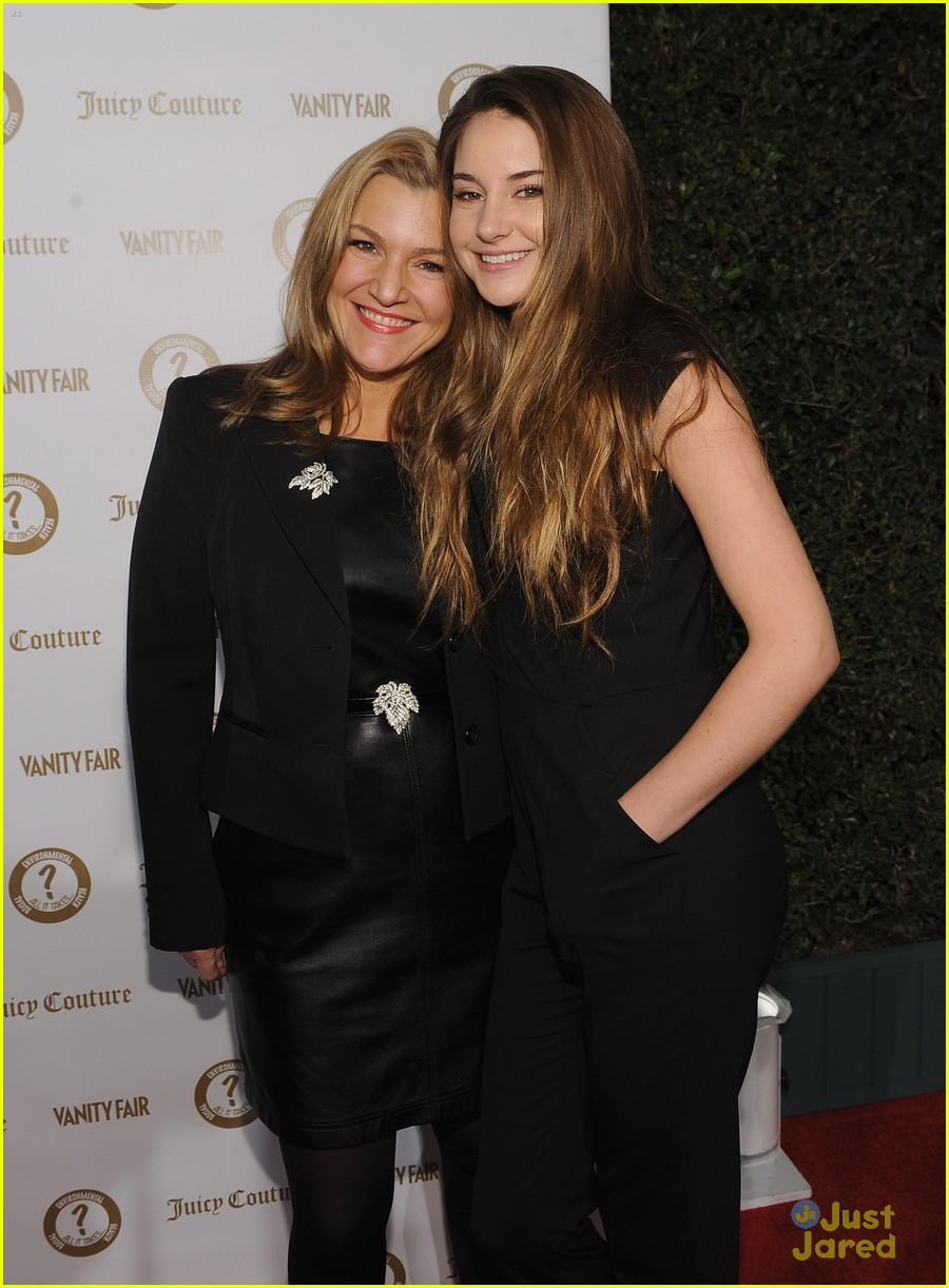 shailene woodley vanities party 15