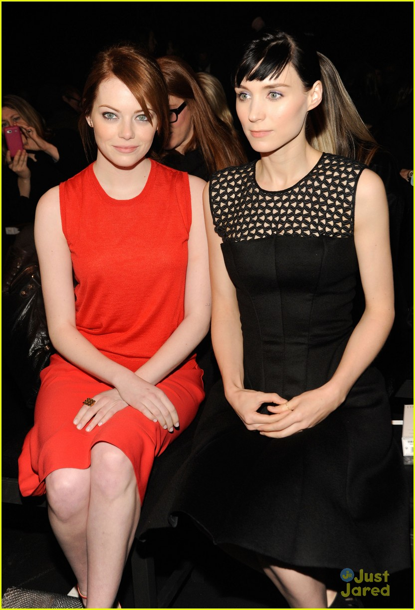 emma stone ck show 10
