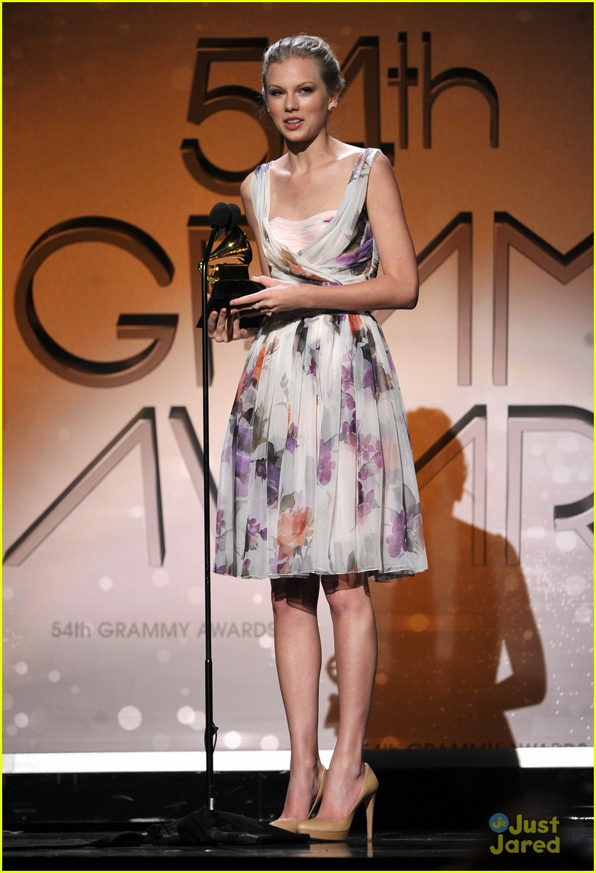 taylor swift 2012 grammys 03