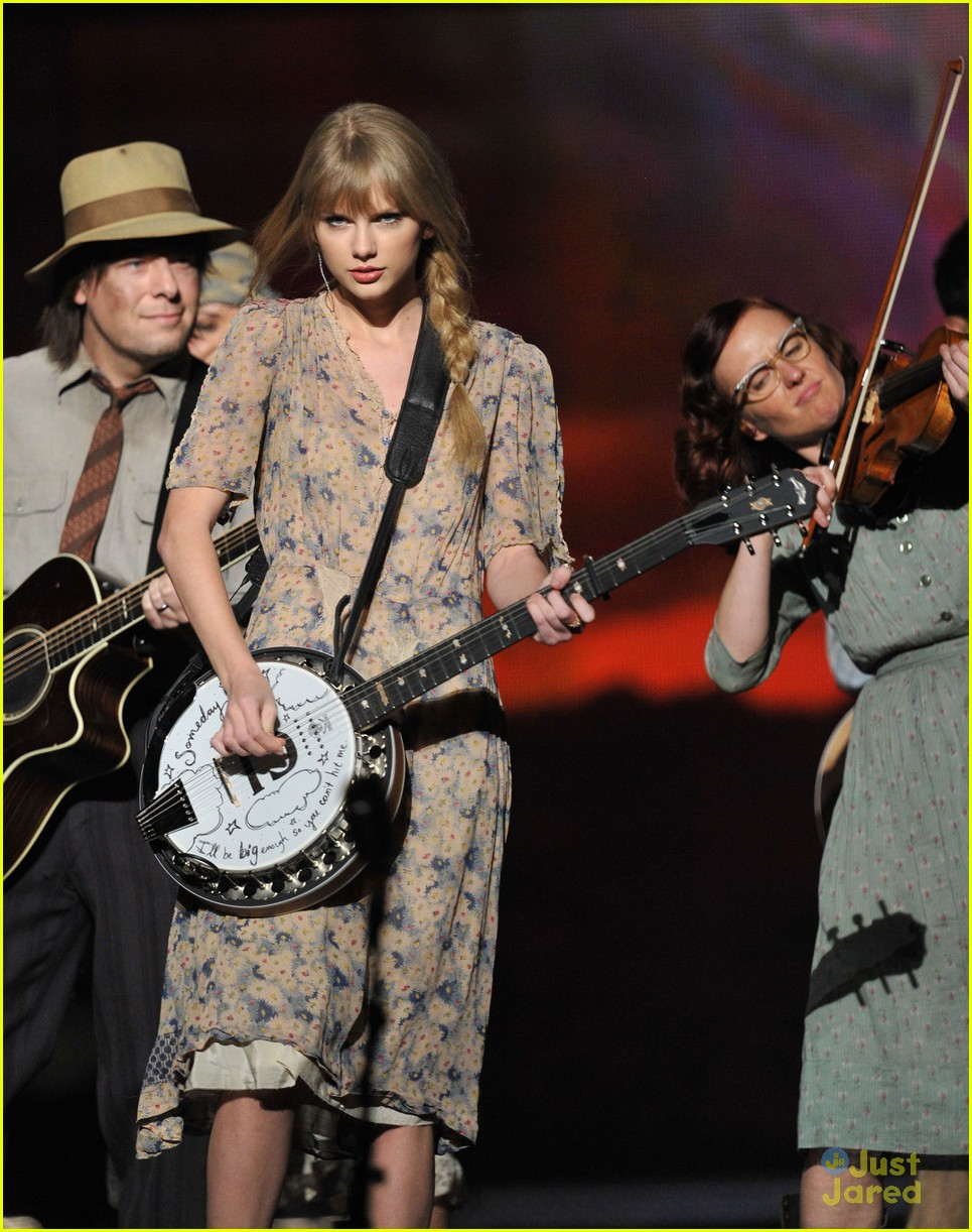 taylor swift grammys performance 05