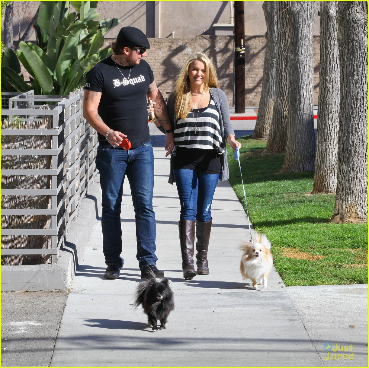 tiffany thornton chris walk dogs 10