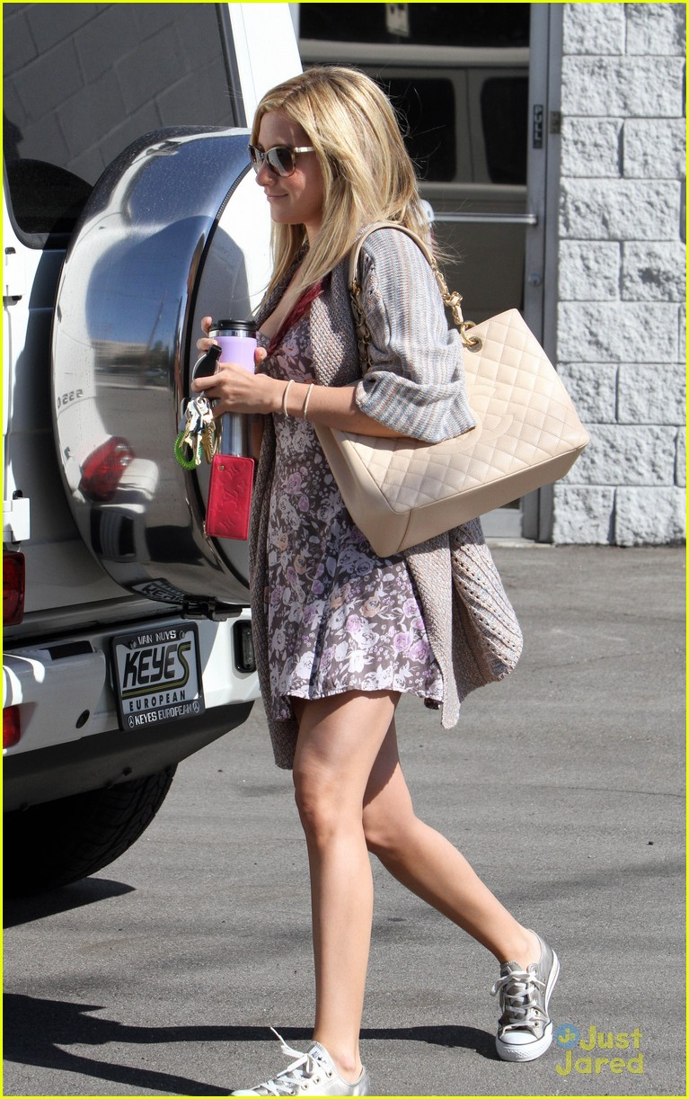 ashley tisdale studio stop 07