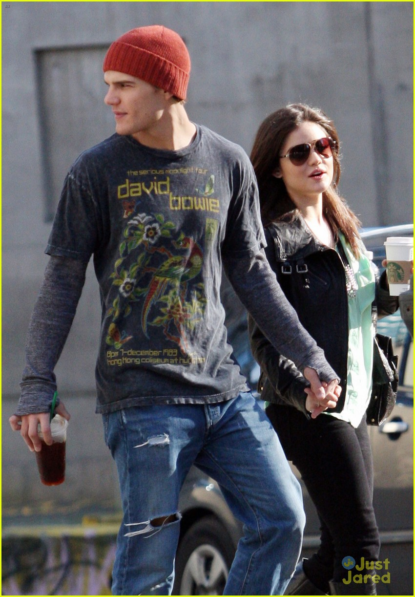 lucy hale holding hands with chris zylka 08