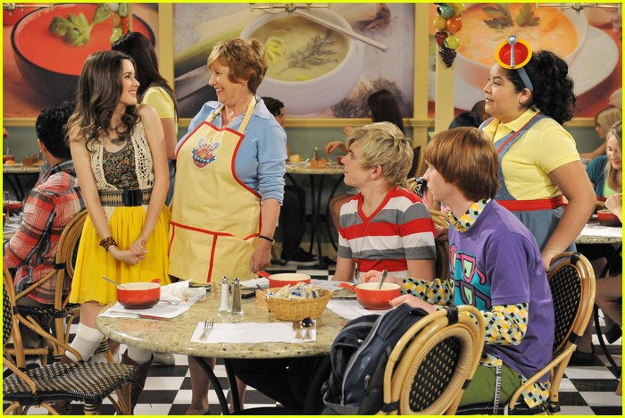 austin ally soup stars 03