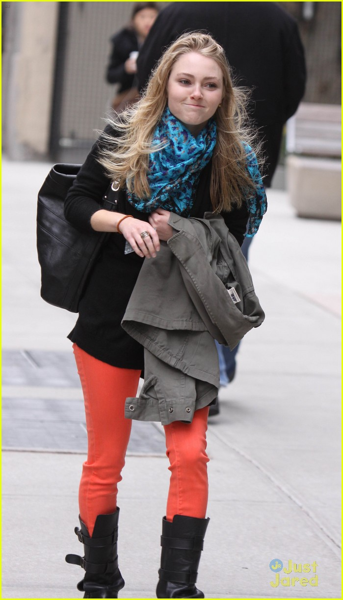 annasophia robb carrie fitting 04