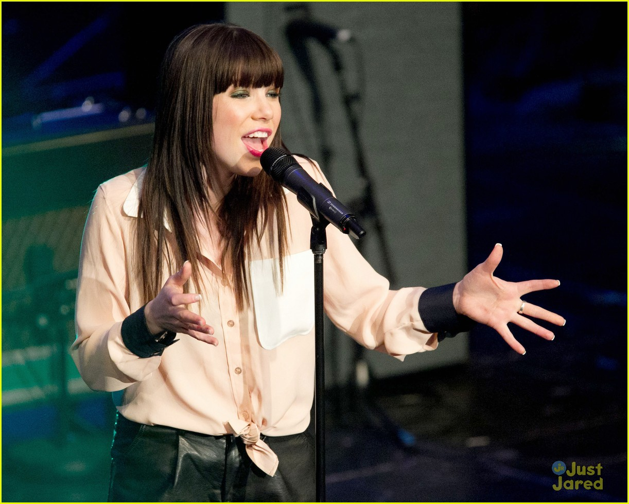carly rae jepsen fefe dobson chum fanfest 12