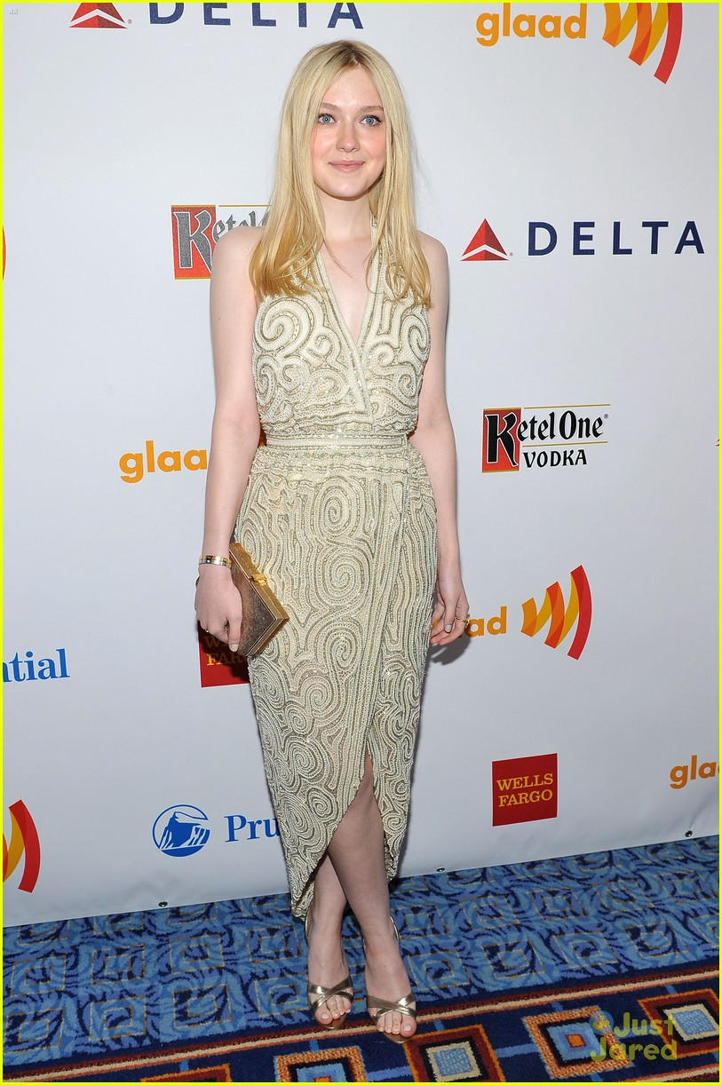 dakota fanning glaad awards 05