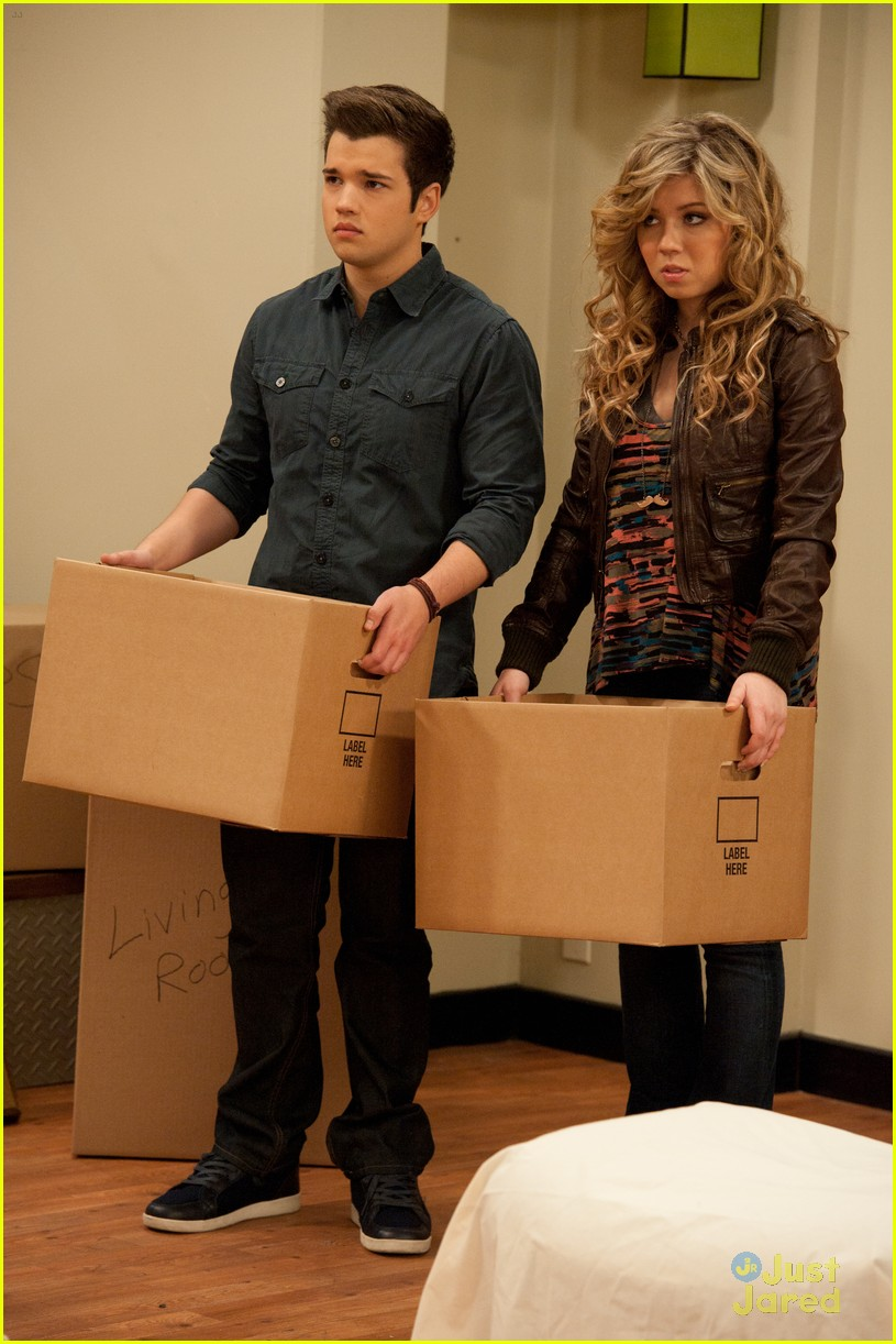 icarly moves out 02