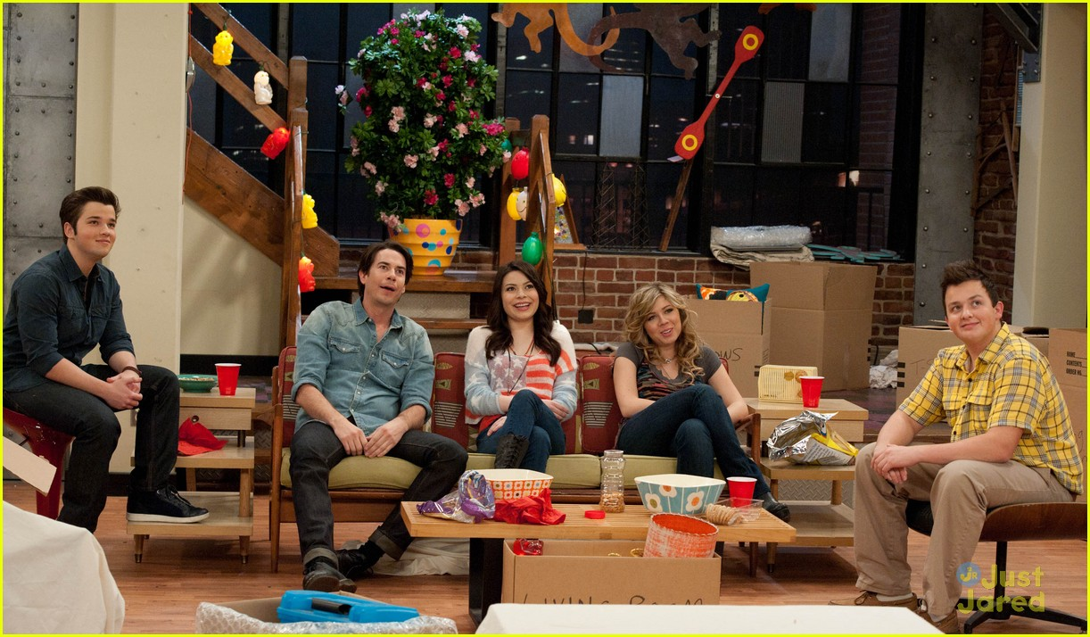 icarly moves out 06
