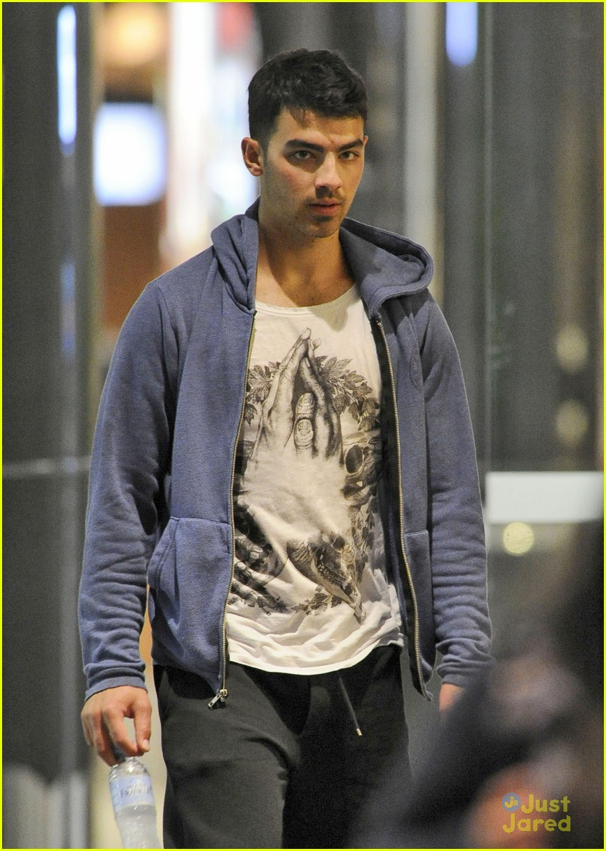 joe jonas star casino 01
