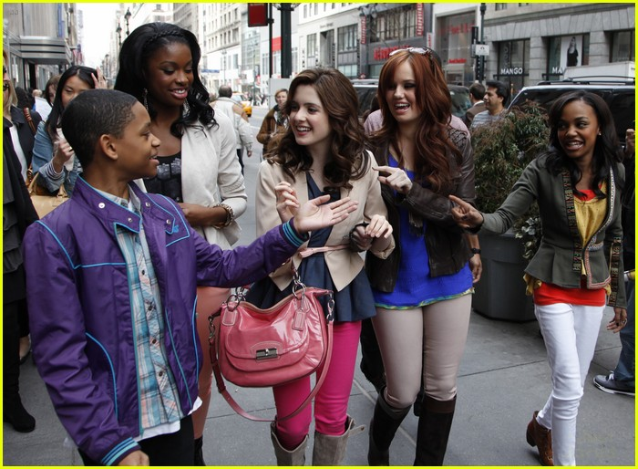 laura marano empire state 04
